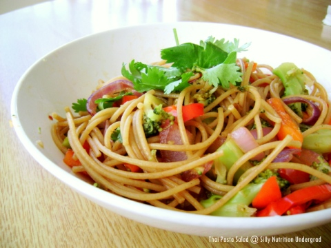 Thai Pasta Salad -- the perfect light and healthy lunch option for a lazy and relaxing Saturday afternoon!